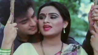 getlinkyoutube.com-Kya Suraj Amber Ko - Jeetendra, Padmini Kolhapure, Suhaagan Song
