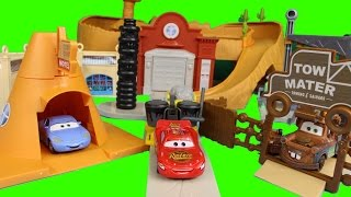 getlinkyoutube.com-Disney Pixar Cars Radiator Springs World with Lightning Mcqueen Mater Sally Luigi Guido