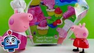 getlinkyoutube.com-Peppa Pig Plastilina para Fiesta de Cupcakes Peppa's Cupcake Dough Playset - Juguetes de Peppa Pig