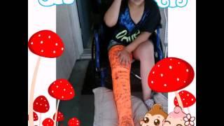 Brittany broke her leg :-(    :O