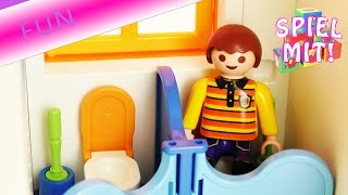 getlinkyoutube.com-Playmobil Film Deutsch - Maik wird auf der Kita Toilette vergessen - Witzige Playmobil Story!