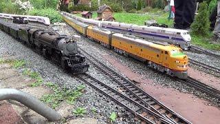 getlinkyoutube.com-U.S.A LGB Gartenbahn Fest Teil 1 / Garden Railroad Event