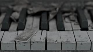 getlinkyoutube.com-الموسيقى التي يبحث عنها الجميع قمة الحزن sad music