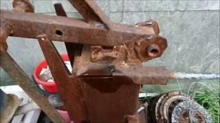 getlinkyoutube.com-Ręczna prasa do produkcji brykietu z trocin i papieru - wymiary urządzenia.