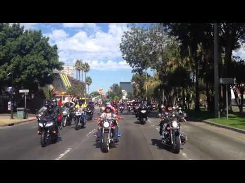 Arranque 2do Paseo Motociclista POKER RUN Pro Niñez sin cáncer de Fundación Castro Limón, A.C.