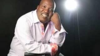 Simon Makgatholela - O Lesole width=