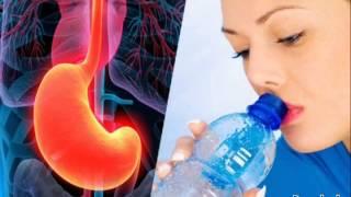 getlinkyoutube.com-Mira lo que sucede cuando se bebe agua con el estómago vacío
