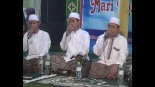 getlinkyoutube.com-Babul Musthofa feat Al Munsyidin Sholawat Ya Abal Hasanain