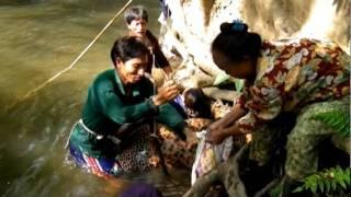 getlinkyoutube.com-lahu gna ca ve - การหาปลาของคนลาหู่-AKAPE LAHU