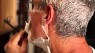 getlinkyoutube.com-Wet Shaving with a Vintage Straight Razor: 1820's Wade & Butcher