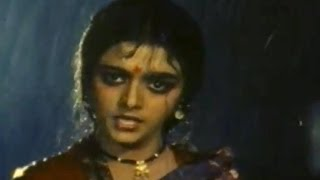 getlinkyoutube.com-Khaidi No 786 Movie || Emotional Scene Between Bhanupriya & Her Family