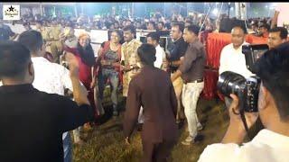 રાકેશ બારોટ ગરબે રમ્યા પબ્લિક સાથે  Le Kachuko Le  Himmat Nagar Police Line  Rakesh Barot Official