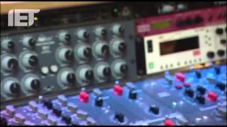 getlinkyoutube.com-Abbey Road remastering the Beatles in mono