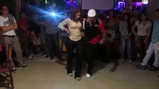 getlinkyoutube.com-Así se baila en Tin Tin Deo la buena salsa