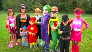 getlinkyoutube.com-Halloween Costumes for Kids | Superheros Batman