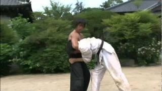 getlinkyoutube.com-Ju-jitsu VS Karate: final fight