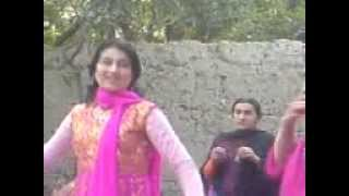 getlinkyoutube.com-Afghan girls dance in wedding