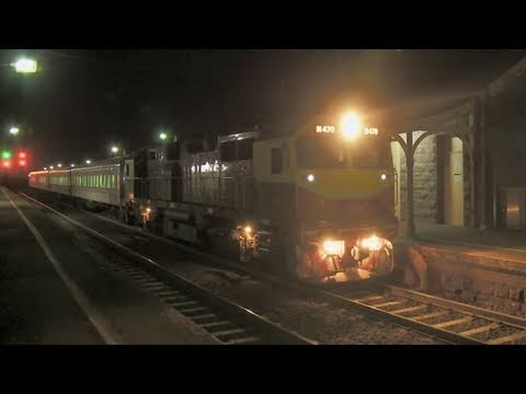 Vline &quot;N class&quot; passenger trains at night - Railroads and Trains in Australia