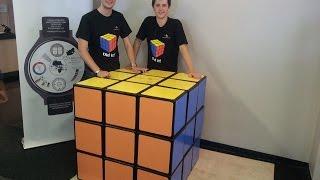 getlinkyoutube.com-Feliks Zemdegs & Mats Valk - Solving the World's Largest Rubik's Cube