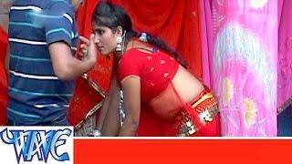 getlinkyoutube.com-बिलईया मुस खोजेले - Bilaiya Mus Khojele - Bhojpuri Hot Songs 2015 HD