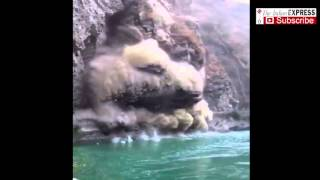 getlinkyoutube.com-Dramatic Video Of A Massive Landslide Near Mandi