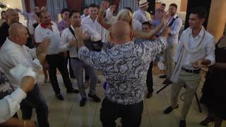 getlinkyoutube.com-2016 Super show cu Adi Minune si Loredana Chivu inbracata in bani de  lugojeni la rest Roial