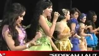 getlinkyoutube.com-Goyang Morena  All Artist  New Pallapa 2014  Tasik Agung Rembang