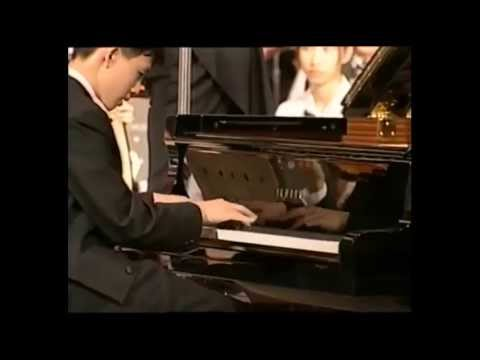 Yundi Li at age 15 - Yellow River Piano Concerto