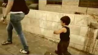 معاكسة بنت بالشارع - YouTube.3gp