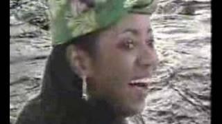 Grace Decca - Muna mbaia