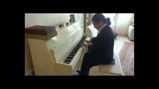 getlinkyoutube.com-تکنوازی پیانو سامان احتشامی عزیزم 92/12/1