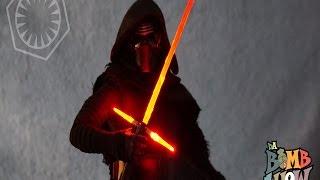 getlinkyoutube.com-Hot Toys Star Wars - The Force Awakens Kylo Ren Sixth Scale Figure - Da Bomb Show Elite Showcase