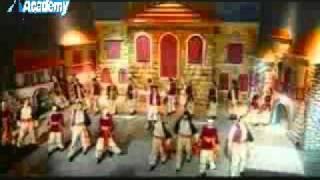 getlinkyoutube.com-غناء يحيى مع طوني حنا و رقص لارا و باش + التوب فايف