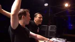 getlinkyoutube.com-Hardwell & Tiësto Back2back Live at Tomorrowland 2014 FULL HD