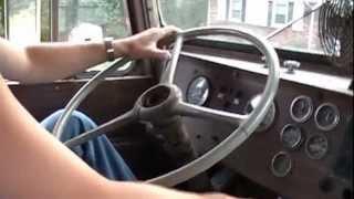 getlinkyoutube.com-Twin stick shifting 66 peterbilt V8 Cummins