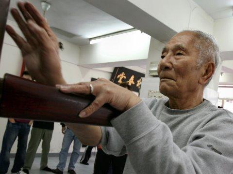 Ip Chun (葉準), 84-year-old Wing Chun legend