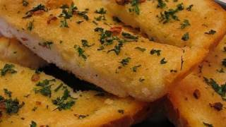 getlinkyoutube.com-Betty's Basic Garlic Bread