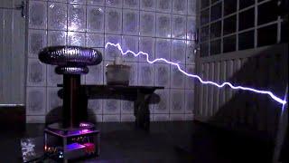 getlinkyoutube.com-Sandstorm by Darude Meets Musical Tesla Coil (Bobina de Tesla)