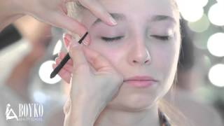 getlinkyoutube.com-Правильная коррекция бровей. Окрашивание бровей и ресниц