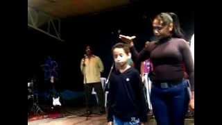 Milagros impresionantes este niño era enano Jesus lo sano vea como crece (luhyi Garcia)