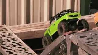 getlinkyoutube.com-Axial SCX10™ Deadbolt™ 4WD RTR AX90044
