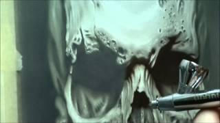getlinkyoutube.com-airbrush realistic skull by Jarosław Bytow