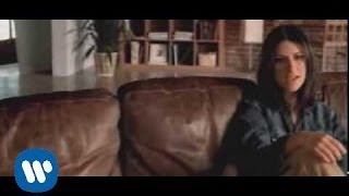 getlinkyoutube.com-Laura Pausini - Volvere Junto A Ti (Official Video)