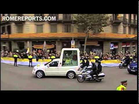 The 'new' popemobile vs the 'old' popemobile