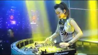 getlinkyoutube.com-DJ Sakitnya Tuh Disini  Merana ( BINTANG TAMVAN )