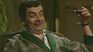 getlinkyoutube.com-Mr. Bean - Episode 7 - Merry Christmas, Mr. Bean - Part 4/5