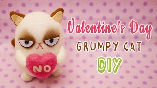 getlinkyoutube.com-DIY Grumpy Cat on Valentine's Day with FREE PATTERN - Sock Plushie Tutorial