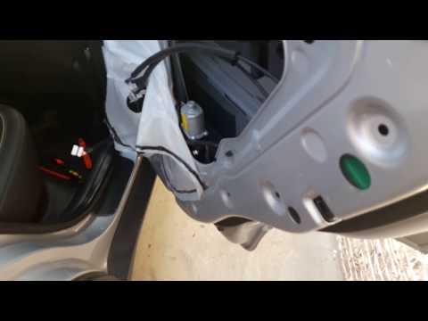 Как снять обшивку задней двери Hyundai Creta