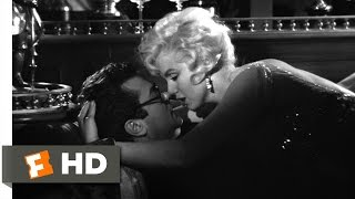 Some Like It Hot (9/11) Movie CLIP   Learning To Kiss (1959) HD