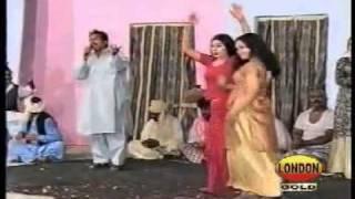 Saraiki, Kamli Na La Akhiyan Asif shahzada, satge drama dance